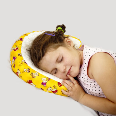 child-cluster-pillow